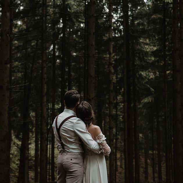 Hochzeitsfotograf Sauerland Marleenvelous Fotografie Forest Elopement Wald Hochzeit NRW Deutschland