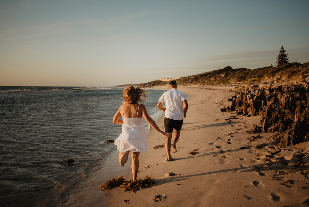 Paarshooting Strand Hochzeit im Ausland